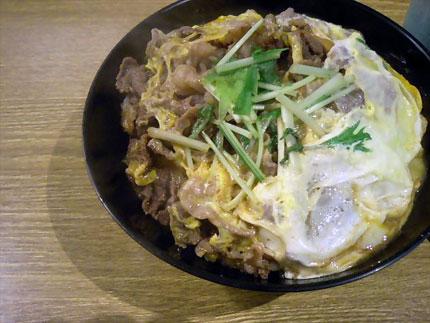 牛亭 「牛とじ丼」500円