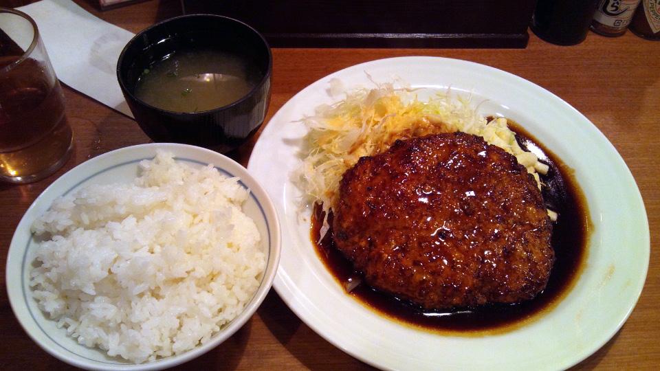 トンバーグ定食
